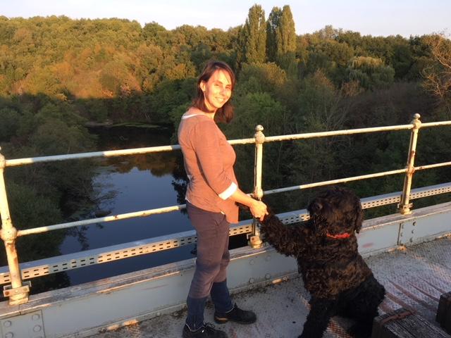 Le Dr Christèle crozier avec son chien Febus